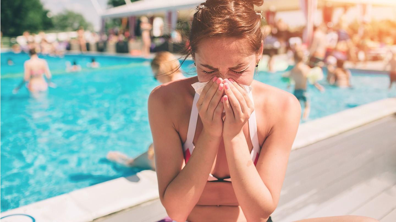 Es fühlt sich ähnlich an, doch die Sommergrippe ist keine übliche Erkältung und auch keine Grippe. Was wirklich dahintersteckt und wie Sie sich schützen.